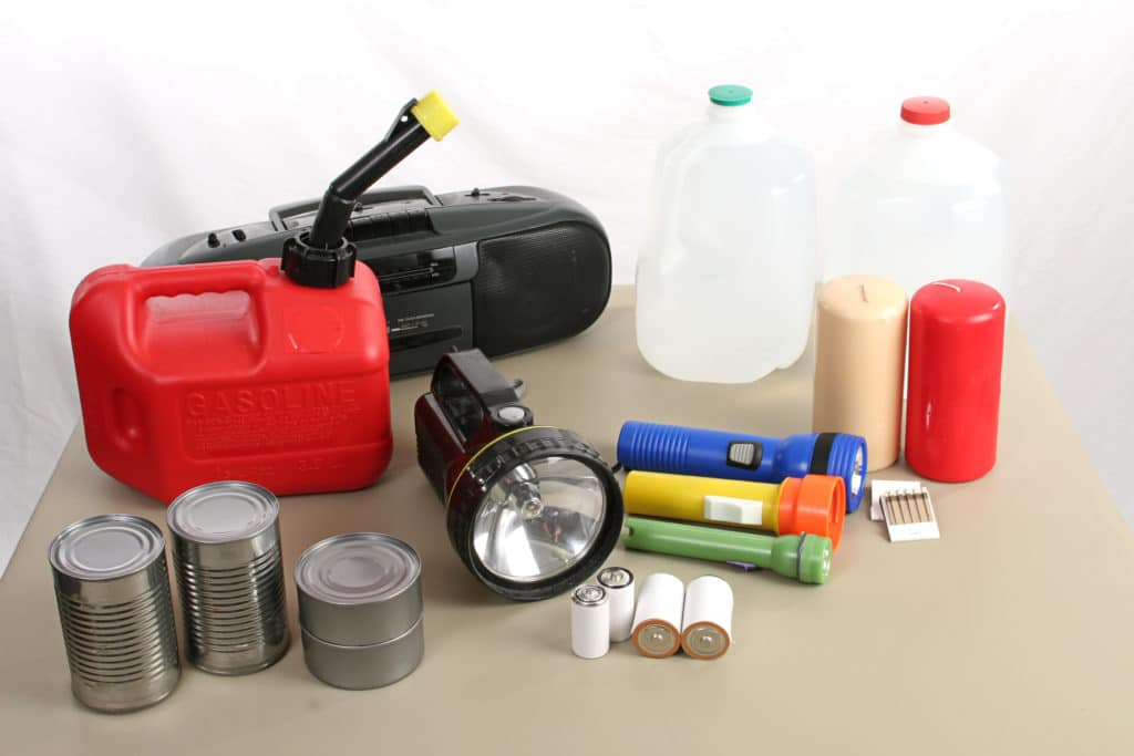Emergency-kit-prepares-you-for-power-outage