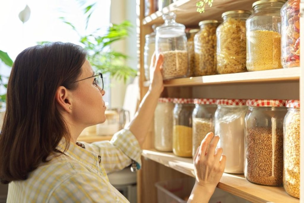 Use-all-the-purposed-guidelines-to-store-food-for-emergency.